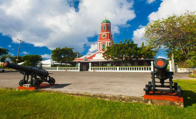 Garrison Savannah guard house op Barbados