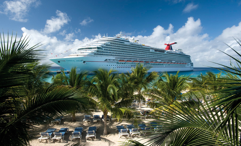 Cruiseschip Carnival Dream op zee