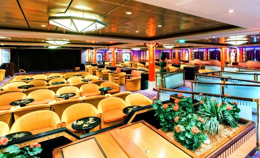 Lounge op de Adventure of the seas